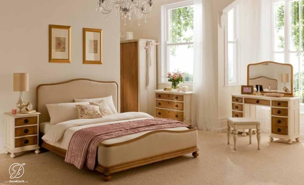 Set Kamar Tidur Minimalis French Natural