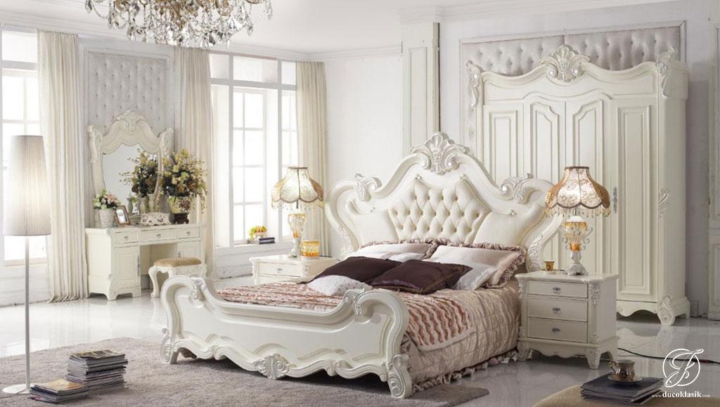 Set Kamar Tidur Modern Racoco Duco