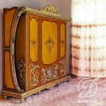 Lemari Pakaian Klasik 4 Pintu Ukir Racoco
