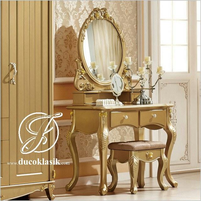 Meja Rias Ukir Duco Gold Itali Klasik