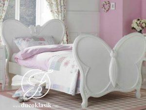 Tempat Tidur Anak Perempuan Minimalis Kupu Kupu