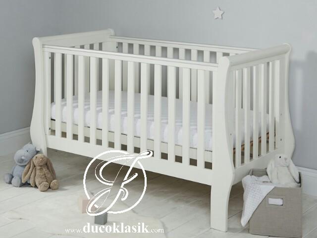 Tempat Tidur Bayi Kayu Minimalis Simple