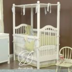 Tempat Tidur Bayi Kelambu Kayu Minimalis