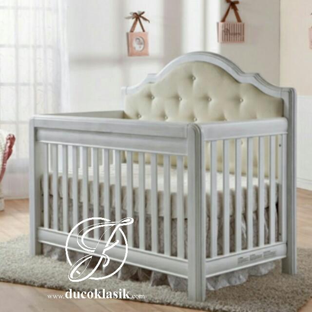 Tempat Tidur Bayi Minimalis Busa Jok