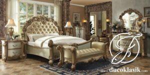 Tempat Tidur Klasik Mewah Ukir Gold