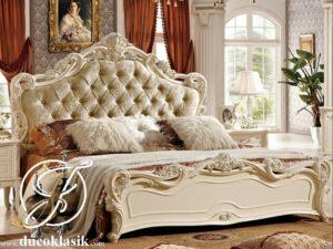 Tempat Tidur Klasik Mewah Ukir Perancis