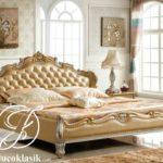 Tempat Tidur Mewah Royal Furniture Klasik