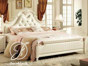 Tempat Tidur Mewah Ukir Simple Minimalis