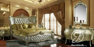 Tempat Tidur Modern Royal Ukir Sayap Mewah