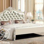 Tempat Tidur Modern Ukir Simple Minimalis