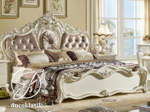 Tempat Tidur Pengantin Mewah Ukir Eropa