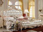 Tempat Tidur Royal Ukir Klasik Putih Mewah