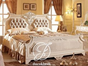 Tempat Tidur Simple Ukir Gaya Eropa